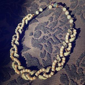 Jewelry - Vintage leaf bracelet